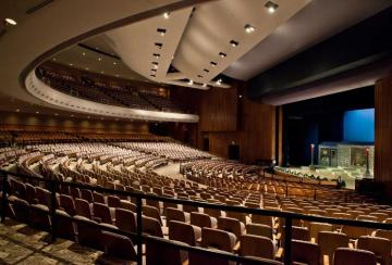 Tips to design auditorium combining functionality and aesthetics