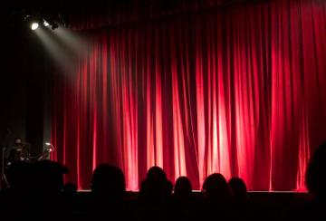 Importance of stage lighting