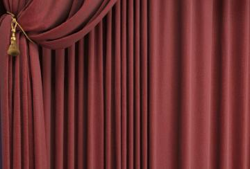 Impact of stage curtain in theatre
