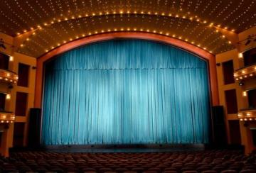 How to choose perfect fabric for custom stage curtain?